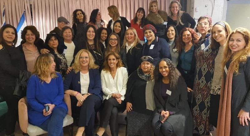 """אירוע השקת מפלגת """"קול הנשים"""" ברחובות"""